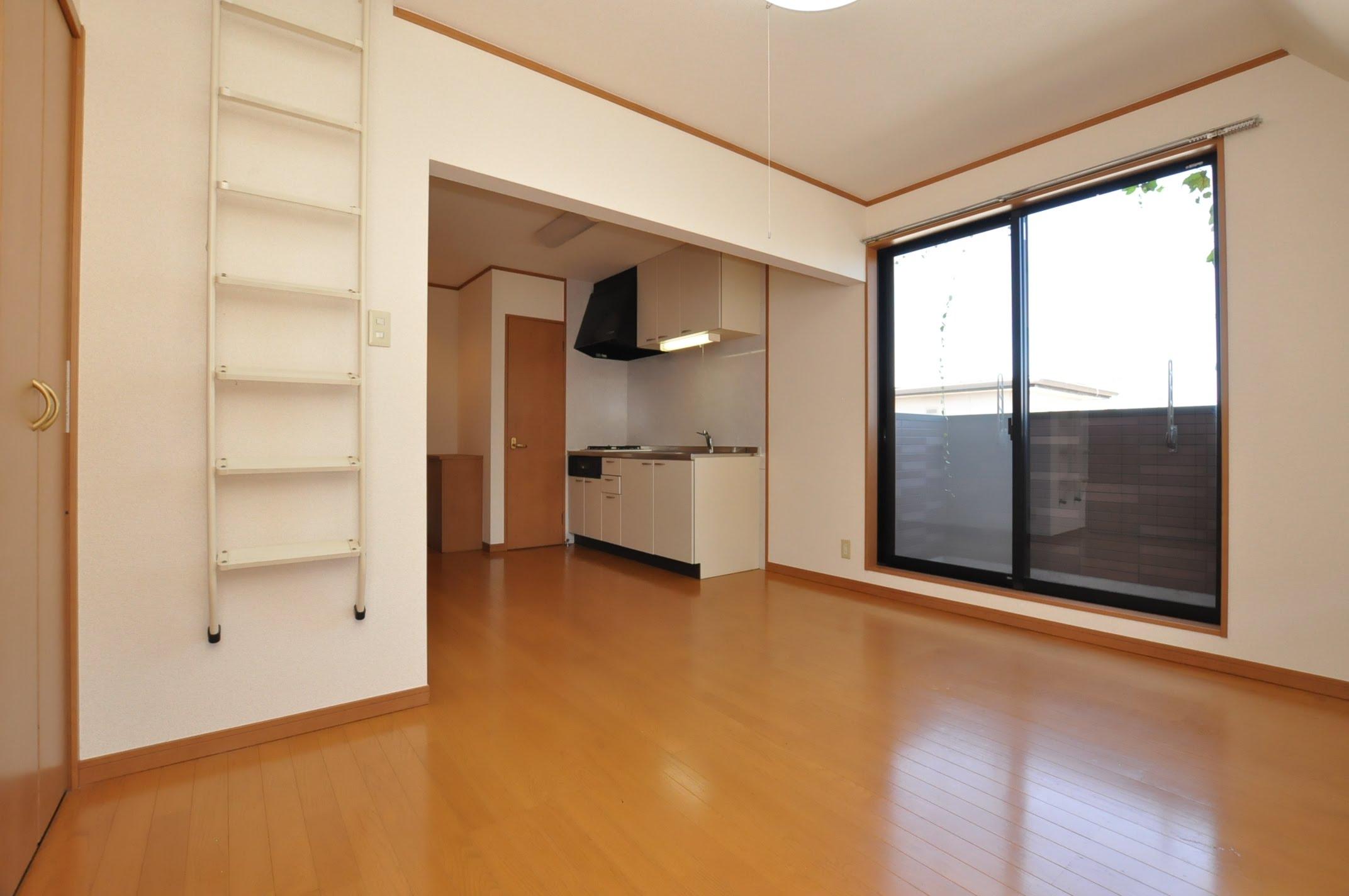 グッドライフ折尾 1R+ロフト 角部屋 アイユーホーム八幡店 6620177