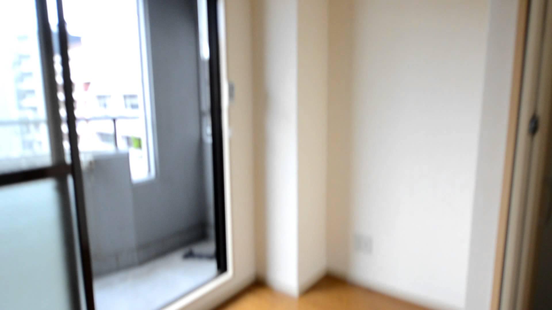 洗濯機はバルコニーに。タイホウハイツ敷津2番館6A。