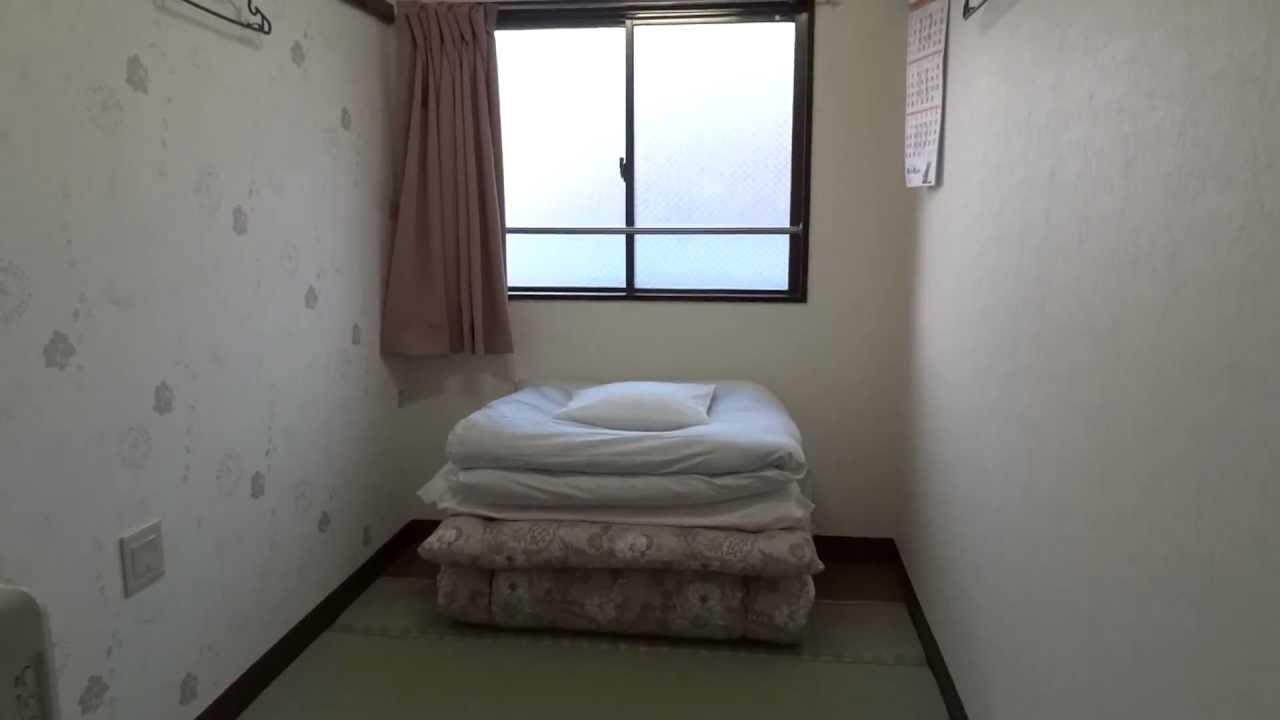 外国人に人気! 東京・山谷(南千住)激安宿 約3畳の和室 2700円