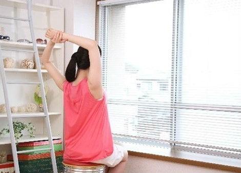 窓まわりをおしゃれにするカーテン以外のアイテムとは?