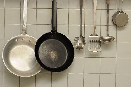 ひとり暮らしの備え付けミニキッチンを使いやすくする4つのポイント